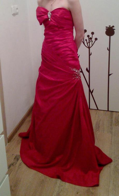 Plesové šaty, 34