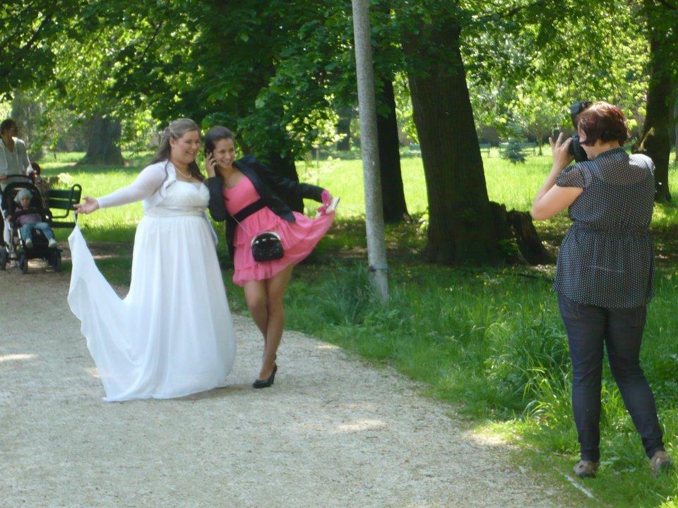 Predám krásne empírove svadobné šaty + polnočky 07850ddf32b