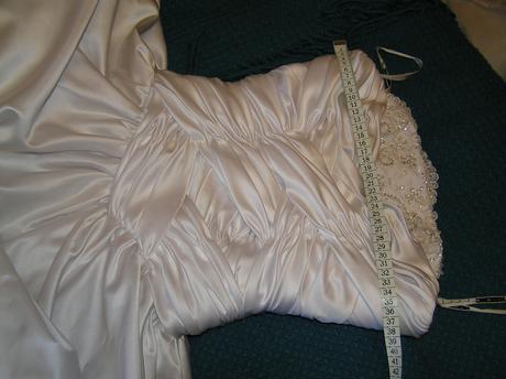 Šaty Mia Solano Příbram, 38