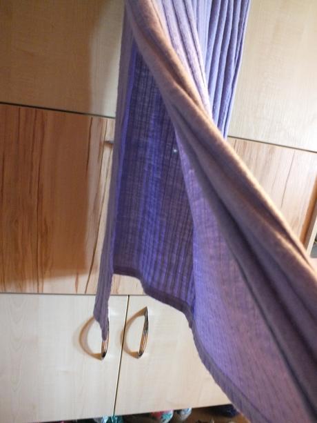 Slabo fialové šaty, 40