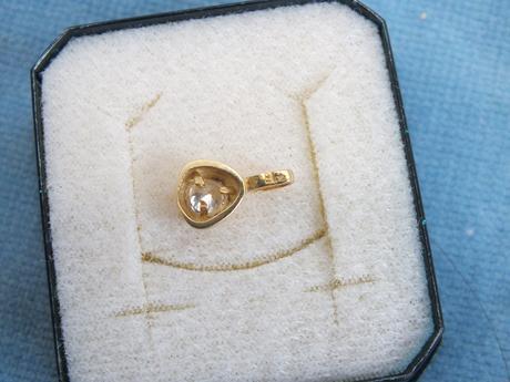 zlatý prívesok 14 karatove zlato so zirkonom,