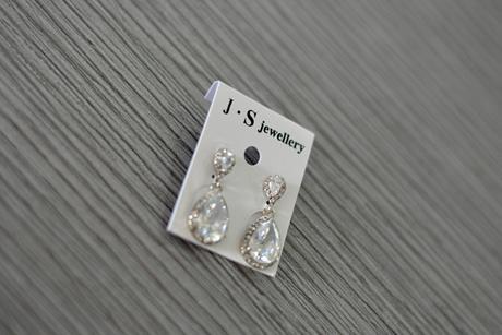 Náušnice - stříbrné kapky s kamínky,