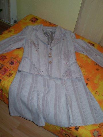 Kvalitny damsky kostym - 42 , 42