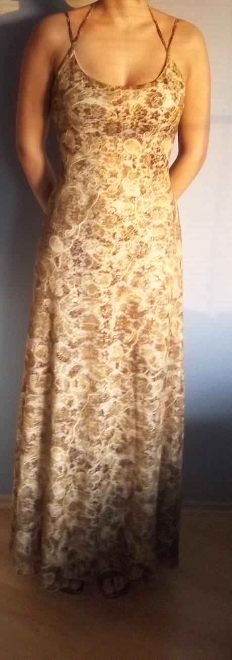 Originální společenské šaty, 38