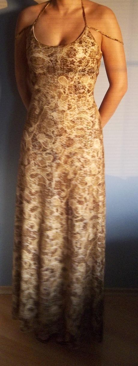 Šaty pro svědkyni/družičku, 38