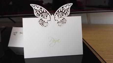 Jmenovky s motýlkem,
