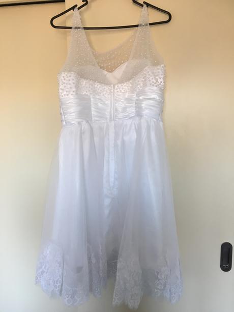 Svatební šaty, šaty na recepci, 38
