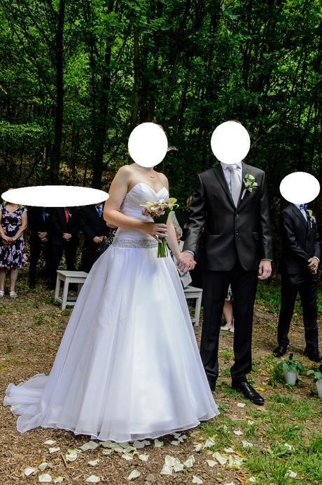 Svatební šaty s vlečkou vel. 36-38, 36
