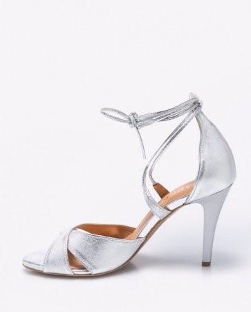 36245e2f33f8 Strieborné kožené sandále