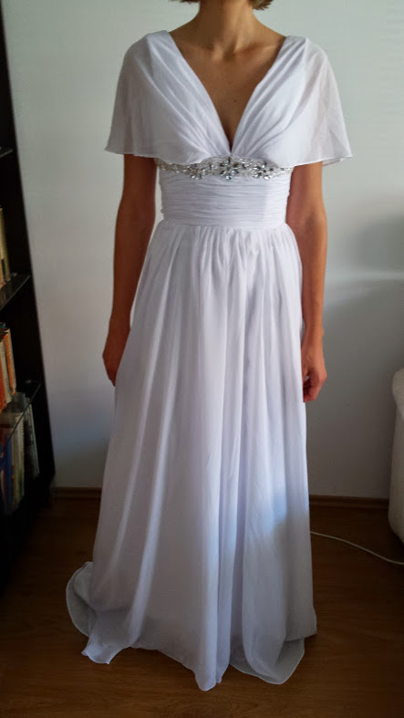 svatební šaty bílé, 36