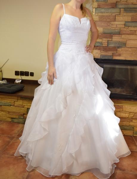 svatební šaty nenošené, 40