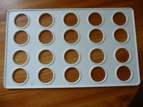 forma na laskonky gulate alebo male kolaciky,