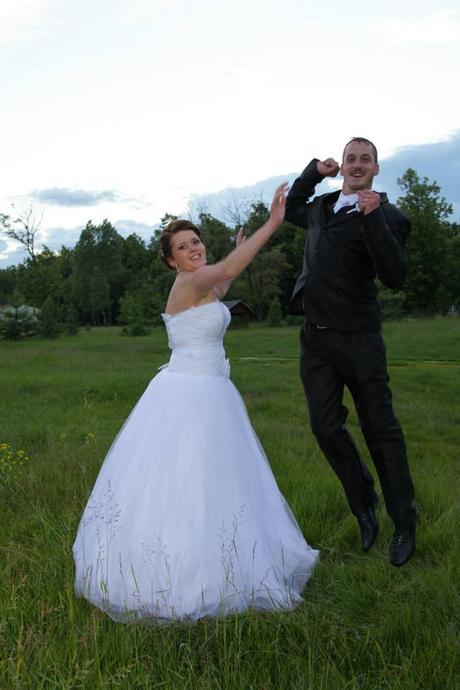 Svadobné šaty a závoj, 40