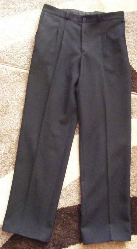 Pánske spoločenské nohavice, 48