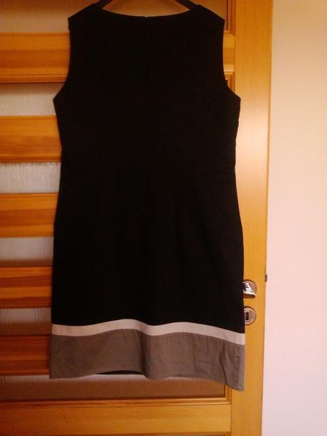 elegantné šaty s visačkou, 42