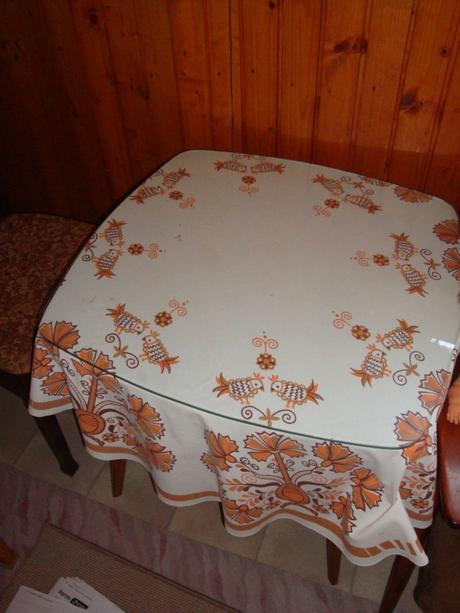 starý stolík,