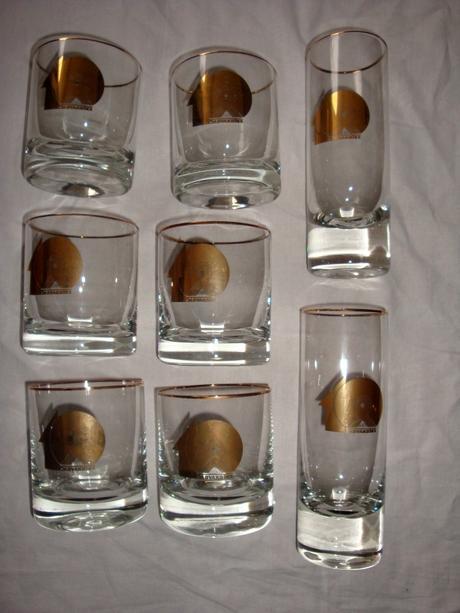 ťažké sklenené poháre,