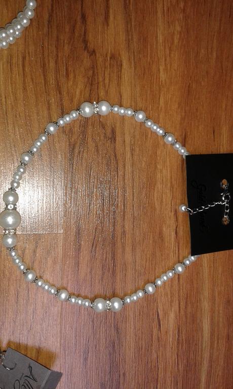 Bižuteria perlová,