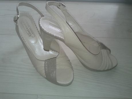 Kožené sandálky, 36