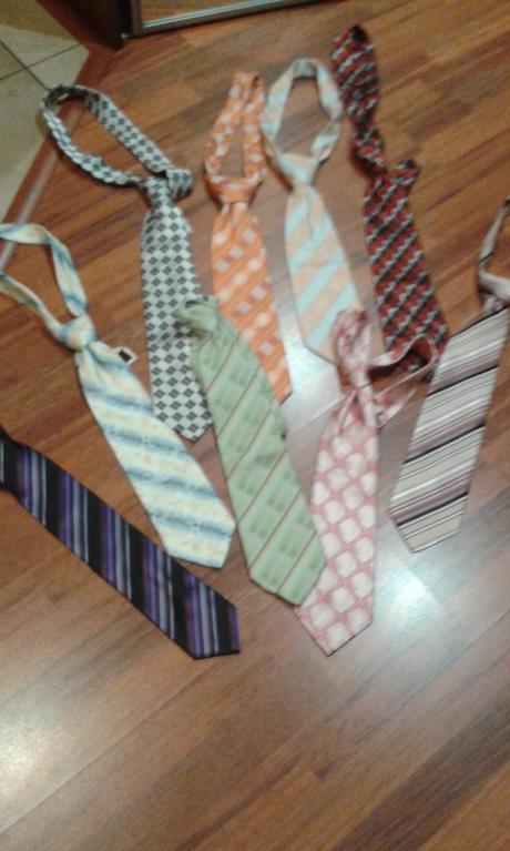 Kravata akákoľvek farba,