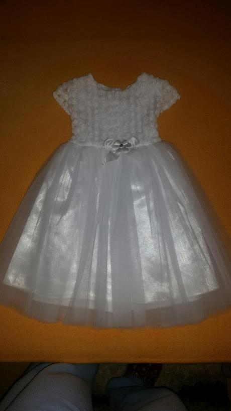 Dievčenské šaty, 110