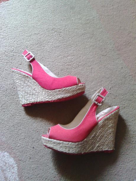 červené letné sandálky, 39