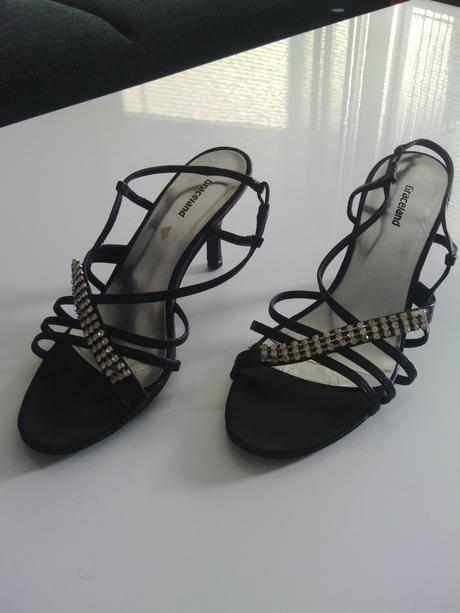 štrasove spoločenské sandále, 39