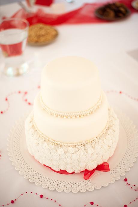 Podnosy pod dort/občerstvení - imitace krajky,
