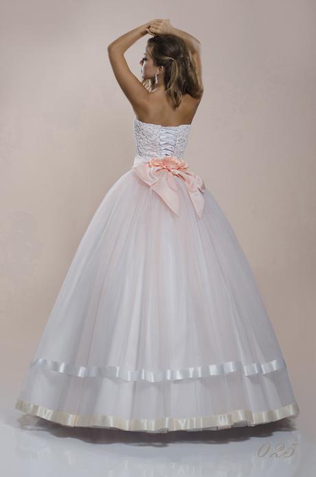 Šitie svadobných a večerných šiat na mieru. , 36