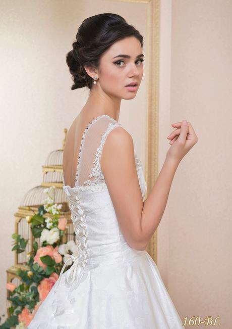 Šitie svadobných a večerných šiat na mieru. , 38