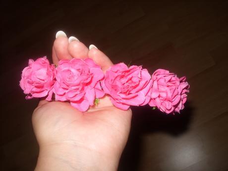 Kvetovaná čelenka,