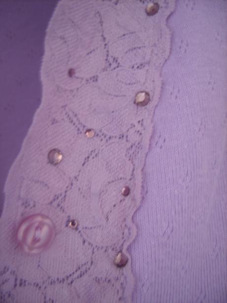 lilavý svetrík s čipkou, XS