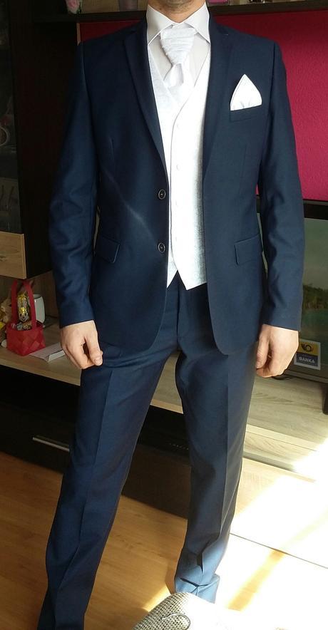 Tmavomodrý svadobný oblek, 46