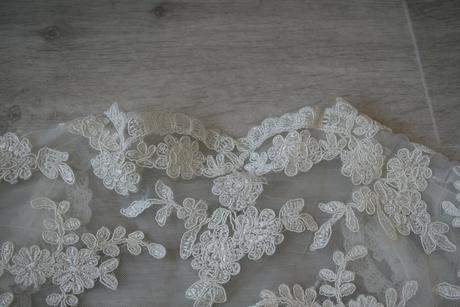 Nenošené ivory bolerko ve vintage stylu,