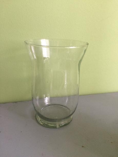 Na prenájom sklenené vazy,