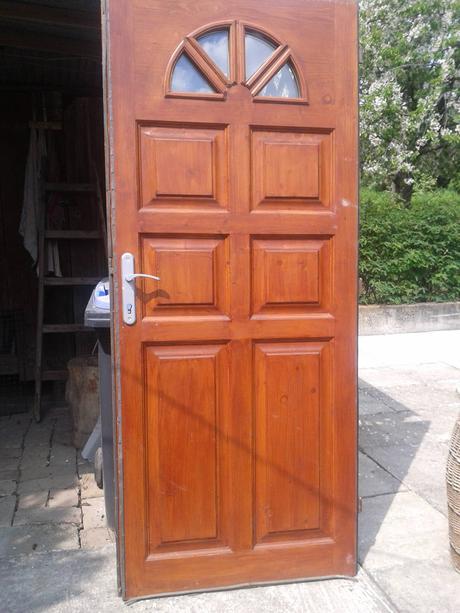 vchodove dvere,