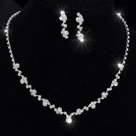 Svatební stříbrný náhrdelník,