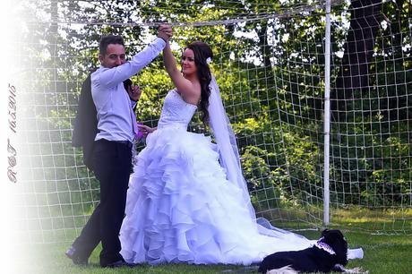 Svatební šaty s vlečkou, 36
