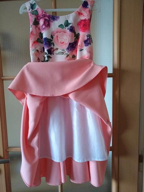 Květinové šaty, 34