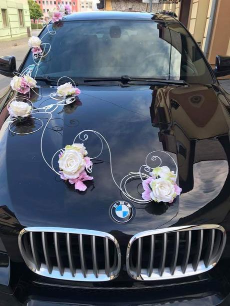 Dekorácia na svadobné auto,