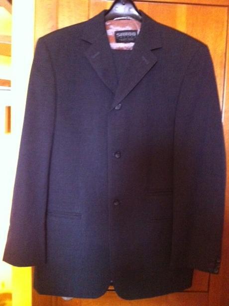 Veľmi pekný oblek SAXOO LONDON -s poštou, 52