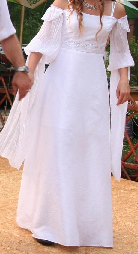 Romantické svatební šaty, 37