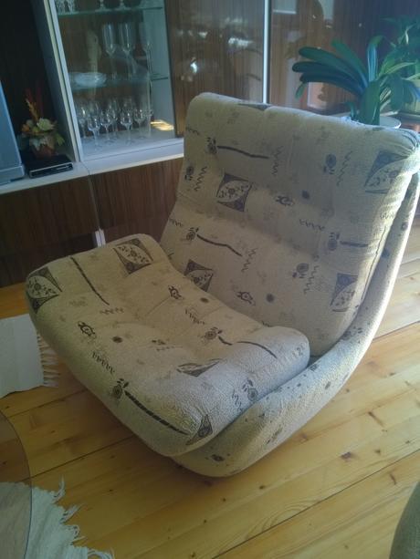sedačka a kreslá,
