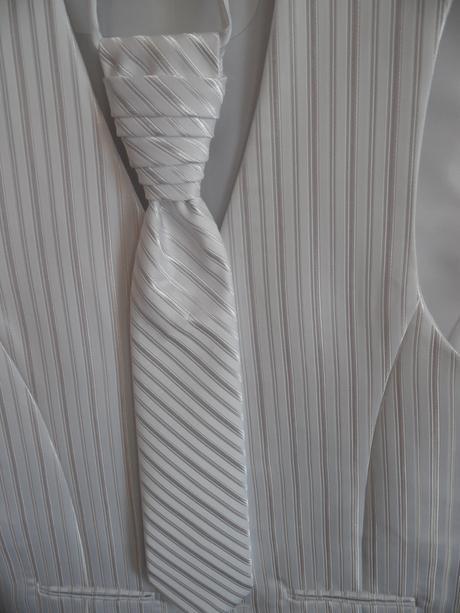Svadobná vesta, kravata a vreckovka , 50