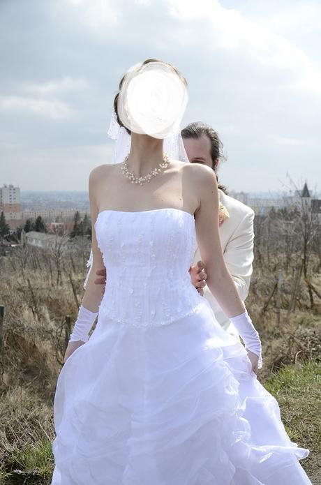 šaty pre vysokú nevestu, 40