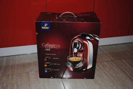 Kávovar Tchibo Cafissimo compact red,