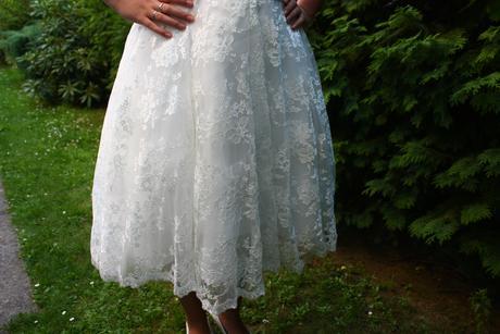 Svatební krajkové šaty, 40