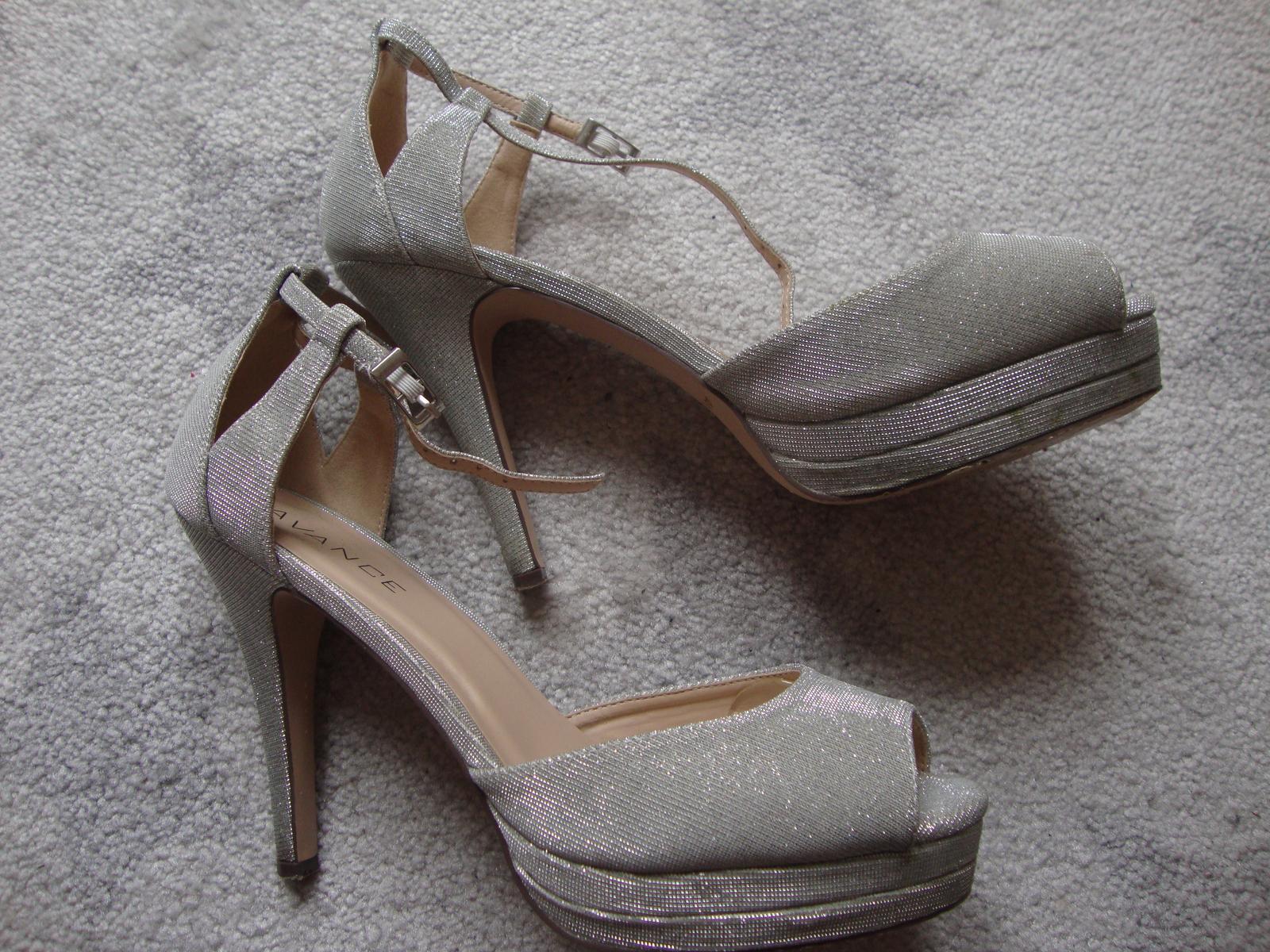 Stříbrné svatební boty f22ea127ad
