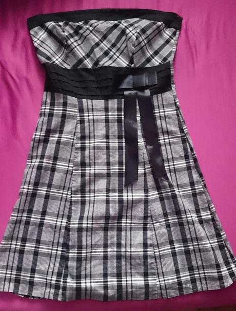 Letné kárované šaty z ľahkého materiálu , XL
