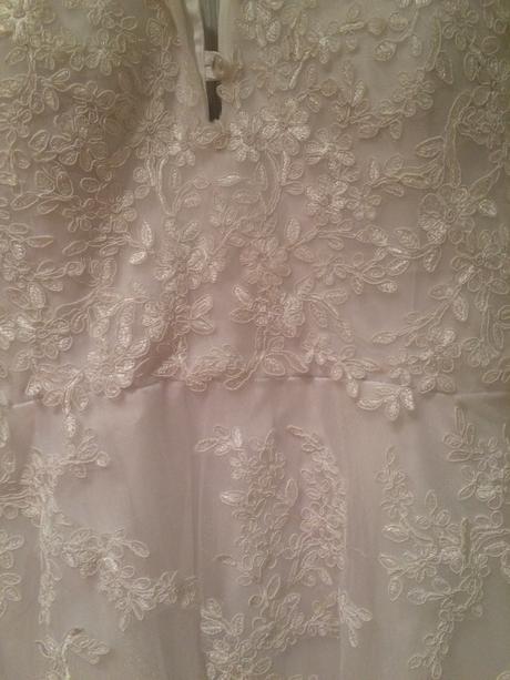 Dlouhé šaty, 44